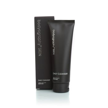 Crema-de-limpieza-facial-de-uso-diario